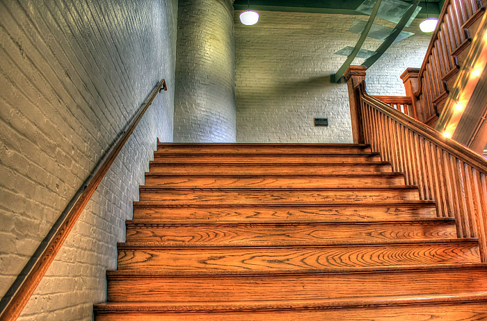 Création d'escaliers en bois sur-emsure à Liège