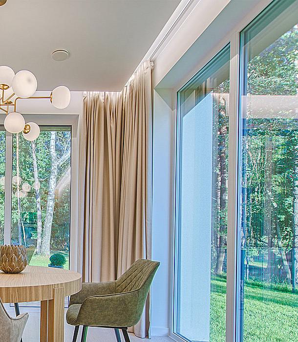 Fenêtre en PVC et en aluminium
