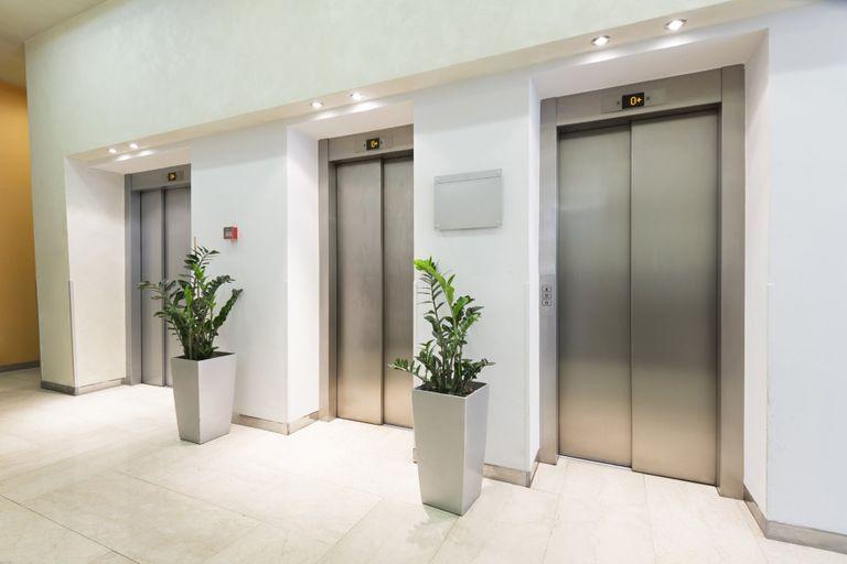 Placer un ascenseur : comment et dans quelles conditions
