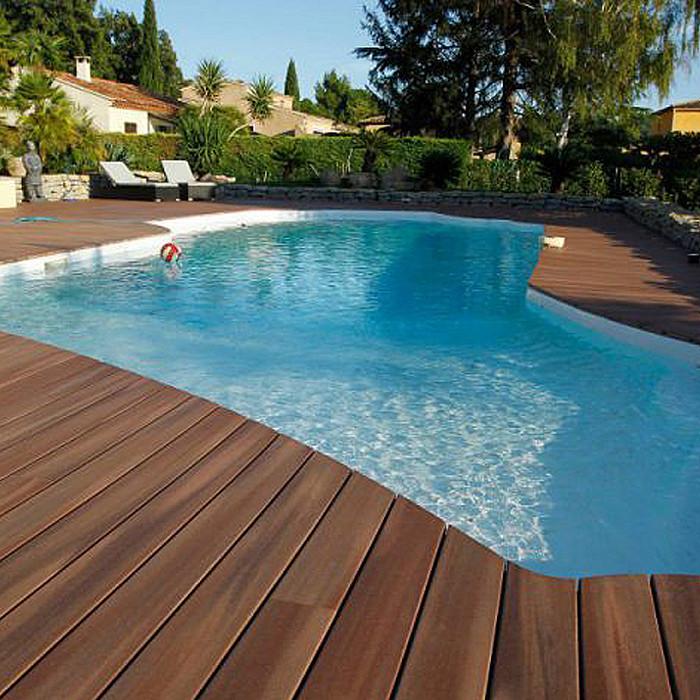 Bords de piscine en bois à Namur