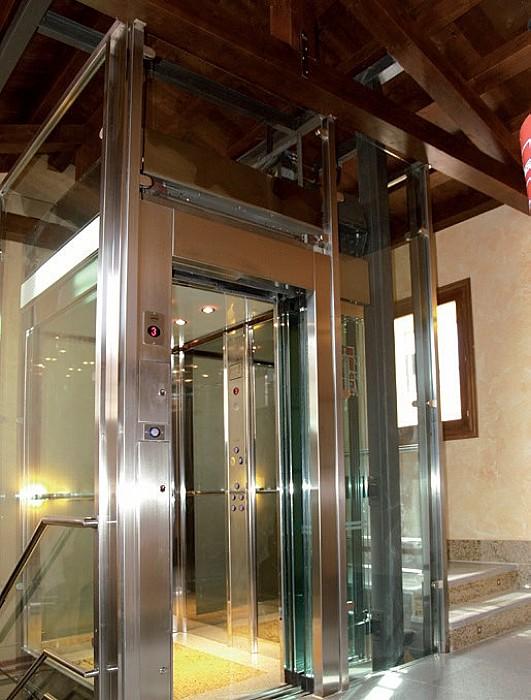 Fournissseur et installateur d'ascenseurs FELESA à Herve