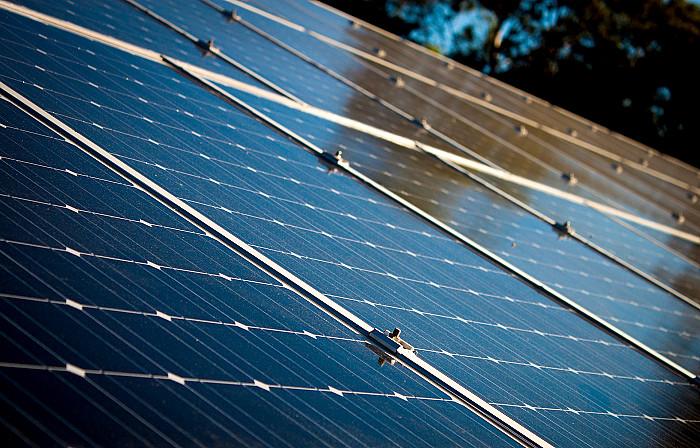Pose de panneaux solaires à Liège