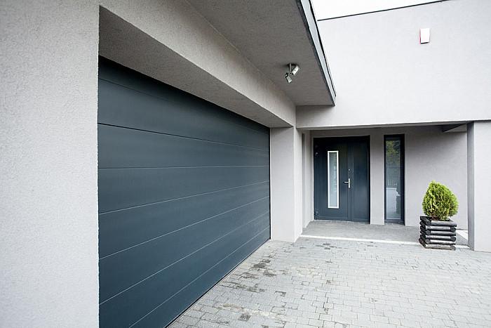 Pose et installaiton de porte de garage à Charleroi