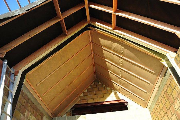 Isolation de toiture à Charleroi