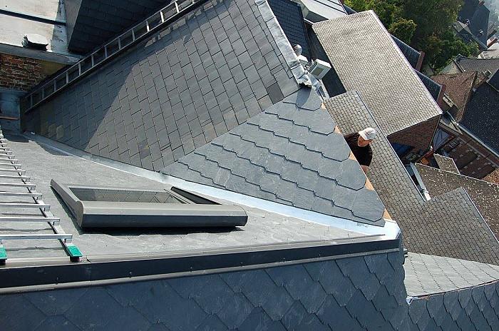 Couverture de toitures en bois, zinc, ardoise, tuile, tôle