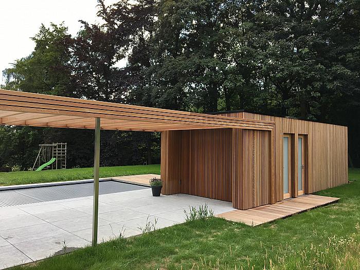 Construction de poolhouse en bois