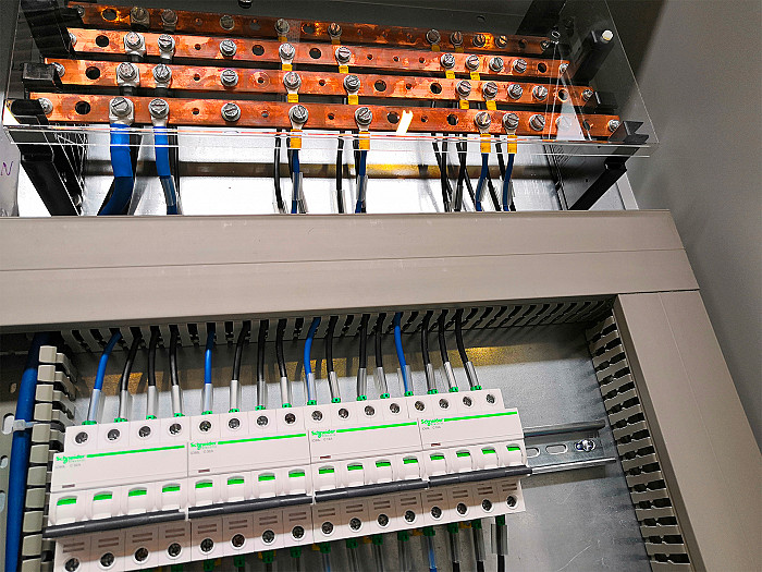 Installation électrique industrielle à Bruxelles