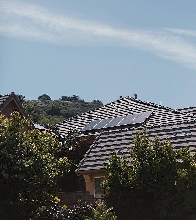 Pose de panneaux photovoltaïques à Gouvy, Vielsam, Manhay