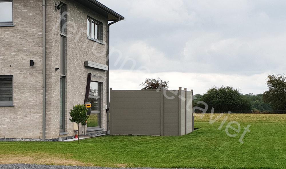 Installation de clôtures en panneau